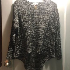 Lightweight sweater NWT